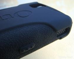otterbox-impact-case-blackberry-tour-left
