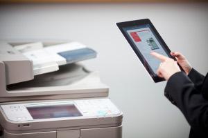 Con imageRunner Advance ya no sólo se puede copiar, sino escanear desde iPad.