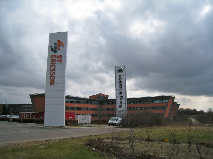 ST Ericsson and Sony Ericsson Signs