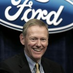 Alan Mulally pasa de Microsoft y prefiere seguir en Ford
