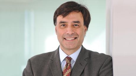 El CEO Shaygan Kheradpir ha respondido a las presiones de los inversionistas de Juniper.