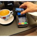 La mitad de los españoles pagarán con el móvil en 2020