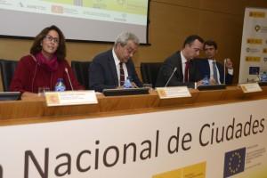 Foto del encuentro donde se trató sobre el desarrollo de Ciudades Inteligentes en España