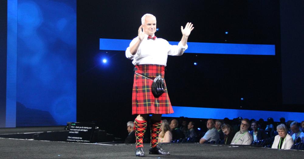 Alan Laing, Sage escocia