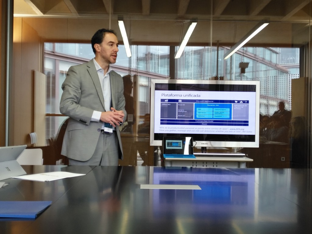 David Negrete, director de Dynamics en Microsoft EMEA, durante el encuentro con los medios de comunicación