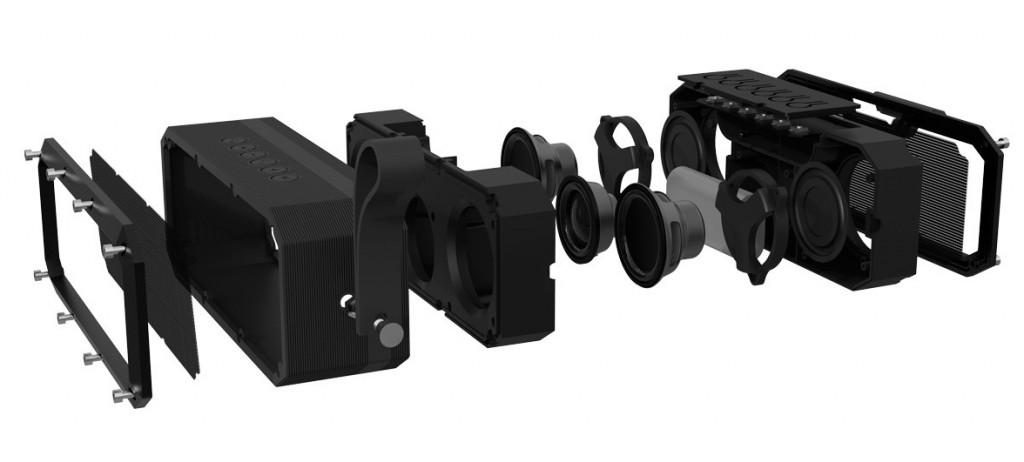 Los componentes que se esconden dentro de la carcasa de goma antideslizante de este modelo de altavoz Bluetooth